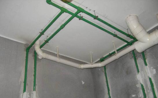 水电开槽横平竖直