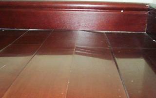 木地板起拱