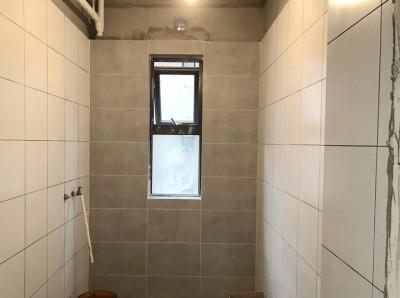 北京江水平装修队瓦工贴砖施工过程